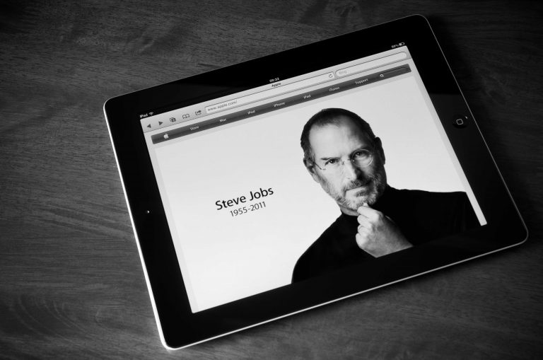 How Many Patents has Steve Jobs Been Awarded Since he Died?